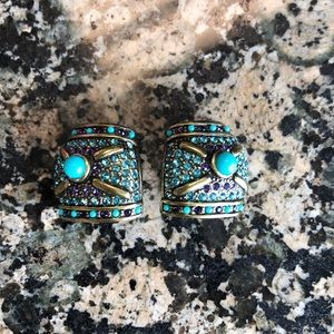 Heidi Daus Clip on earrings Beautiful color combo!
